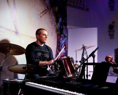 Фото: Курсы игры на барабанах Москва