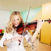 Фото: Обучение игре на скрипке в Москве